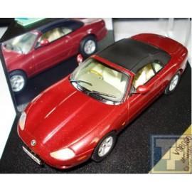 Jaguar, XK8 Cabriolet geschlossen, 1/43